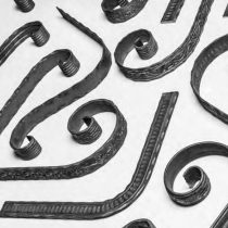 Sepistatud lapik materjal, dekoratiivne ja painutatud